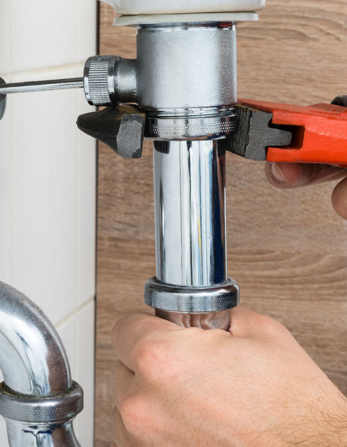 Living-Water-Plumbing-Blog-Post-7-Tips-on-Finding-the-Right-Plumber_1